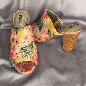 White Mountain woman's heels floral flowers